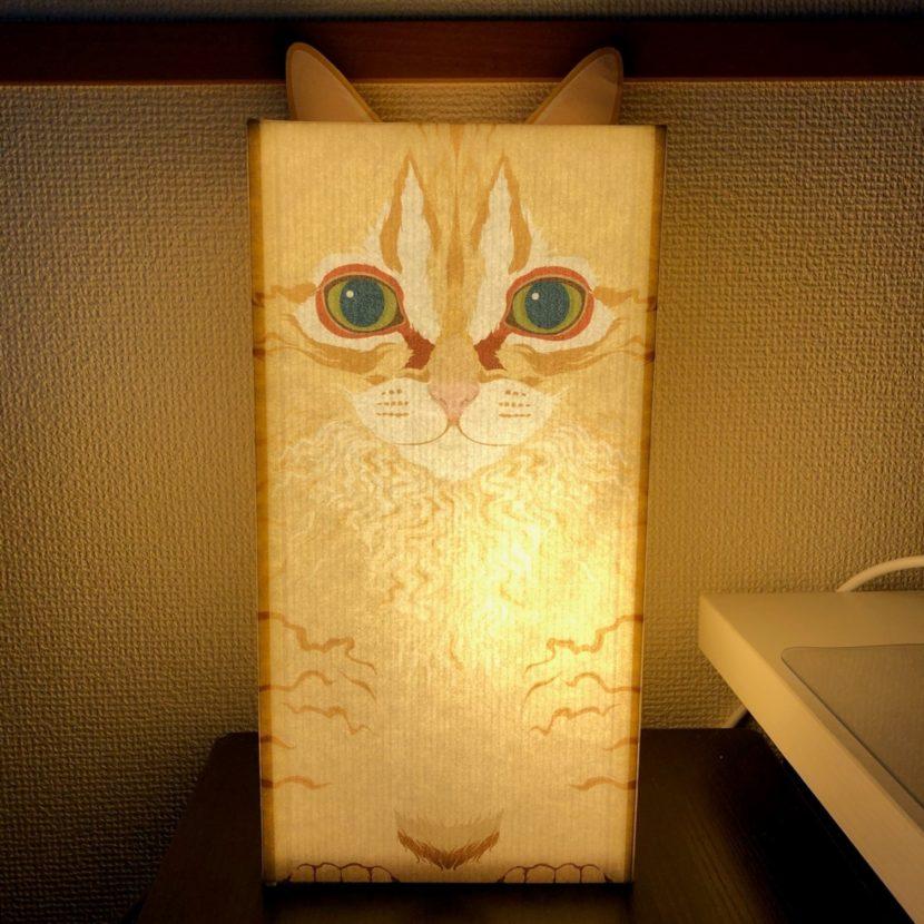 ペットの猫そっくりな骨入れカバー